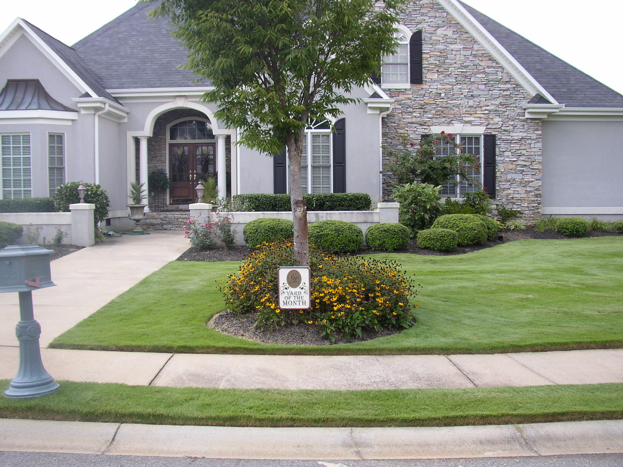 Lawn Maintenance Service Contract Simpsonville SC